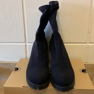 FREE SHIPPING Vagabond Black booties